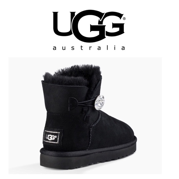 3866085ad08 UGG mini Bailey button bling boot